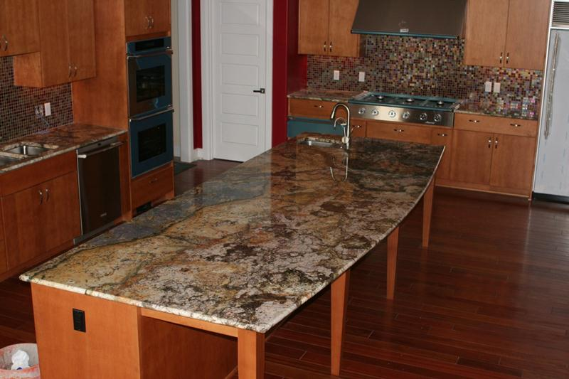 Fancy-Granite-Countertop-Design-For-Kitchen-Remodel-With-Western-Kentucky-Kitchen-Center-For-Custom-Amish-Built-Cabinets